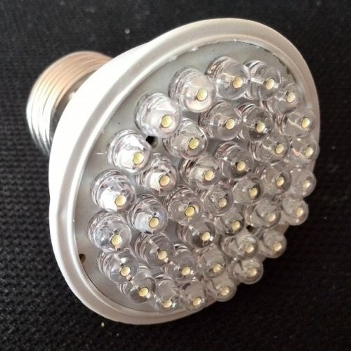 Светодиодная лампа Energy Saving Light Bulb