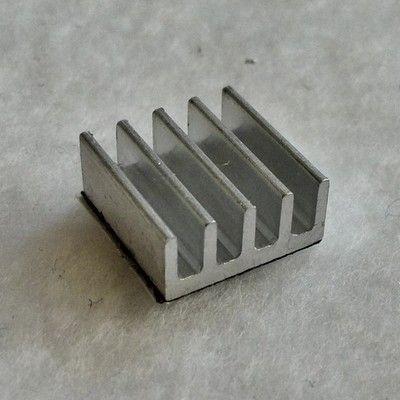 Радиатор охлаждения для светодиодов и карт памяти