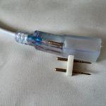 Вилка подключения водонепроницаемой светодиодной ленты smd 5050 к проводу питания