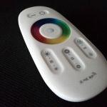 Сенсорный пульт управления лентой RGB через Wi - Fi с контроллером, 2.4G Touch Screen LED RGB Wi - Fi