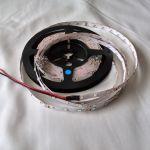 Светодиодная лента smd 3528, синие свечение, на белой основе, 60 led на 1 метр
