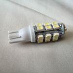 Светодиодная автолампа w5w, 28 LED smd 3528 холодного белого свечения
