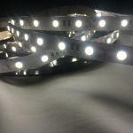Светодиодная лента smd 5050 натуральное белое свечение, на белой основе, 60 led на 1 метр
